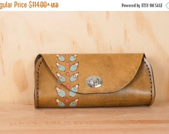 JANUARY SALE Small Leather Clutch - Handmade Petal purse with modern floral pattern in antique brown - Leather Purse, Clutch, Wristlet, or W