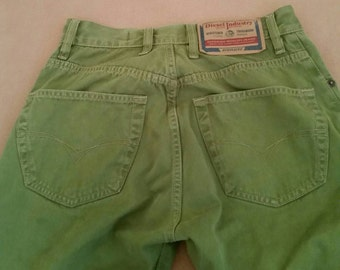 Vint. Diesel Jeans,Green, Denim,Made in Italy, Diesel,Designer Jeans, Italian Clothing, Diesel,High Waist Jeans,High Waisted Jeans,Size 26