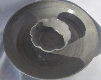 Chip and Dip Serving Bowl in Gray - Vegetable or Fruit Platter - Handmade Pottery