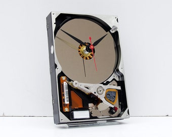 Geek clock gift, hard drive clock, Computer parts clock, Industrial desin gift clock  geek lovers gift, Recycled Computer Hard Drive Clock,