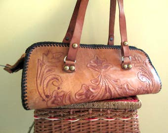 Vintage Hand Tooled Purse Triangle Vintage Western Shoulder bag flowers and leaves Leather Handbag hand stamped Vintage 70s Leather purse