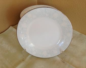 "6 Noritake RAVEL 2213 China White Floral Blue Highlights 6.5"" Easter Dinner Dessert Salad Plates"