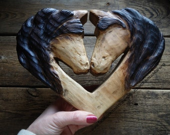 Chainsaw Carved Couples Horse Head Heart Wall Hanger