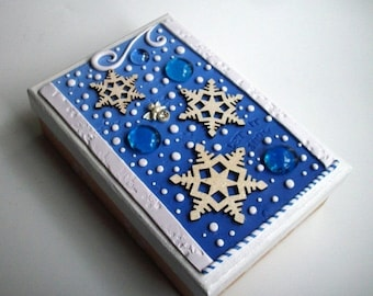 HalfOffSale Super SALE! Christmas Gift Box/ Trinket Box Blue White Snowflakes