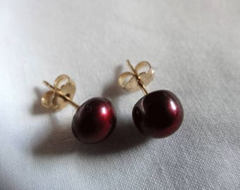 One Pair Hand Crafted Stud or Post Earrings with Small Backs Gold Filled Metal Freshwater Pearls Cranberry Buttons E59