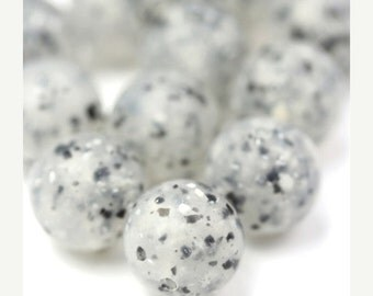 50% OFF SALE Vintage Lucite Beads Speckled Gray Black and White 12mm (12) VPB220