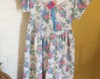 Vintage Leslie Fay girls floral dress size 12