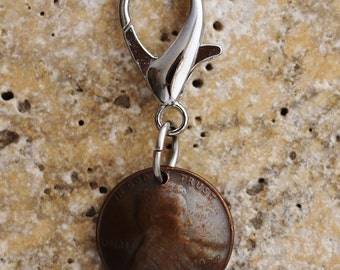 Lucky Penny Purse Charm, Coin Keychain, U.S. Penny, Abraham Lincoln, Bag Charm, Coin Zipper Pull, Key Ring, 1974 by Hendywood