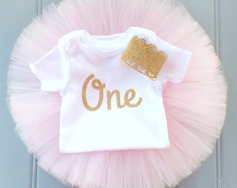 Pink and Gold First Birthday Tutu Set, SEWN Tutu, Number One Bodysuit, Gold Lace Crown, Cake Smash Outfit, Cake Smash Set 1st Birthday Crown