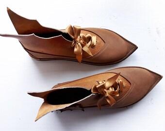 UK 6, Womens Woodland fairy tale Peter Pan, leather Pixie boots, WISP 3213 Burnt fudge, Tan