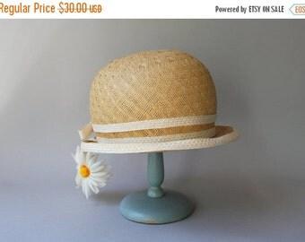 STOREWIDE SALE 1960s Hat / Vintage 60s Mr. John Hat / Sixties Flower Power Straw Daisy Hat