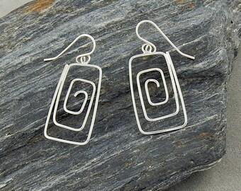 15% OFF Unique Silver Geometric Designer Earrings Rectangular Shape Lightweight