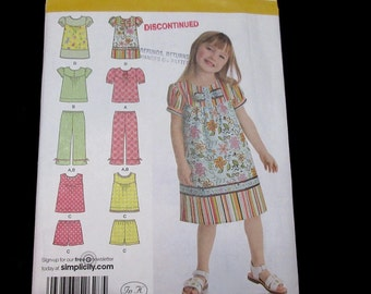 Simplicity Sewing Pattern Summer Dress Sun Top Pants Shorts Size 3 4 5 6 7 8 Uncut factory folds 2009