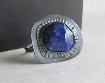 Rose Cut Lapis Lazuli Ring - Size 8.5 - Textured and Oxidized Silver Ring - 25th Anniversary Gift - September Birthstone