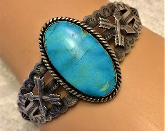 Vintage Fred Harvey Era Turquoise and Sterling Cuff Bracelet Beautiful Sky Blue Turquoise Cabochon. Signed JP. Cabochon is Cracked.  (D5)