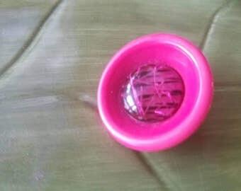 Vintage button 1 unique  large novelty button hot pink  ( mar 100 17)