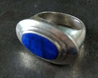 Sterling and Lapis Size 7 ring