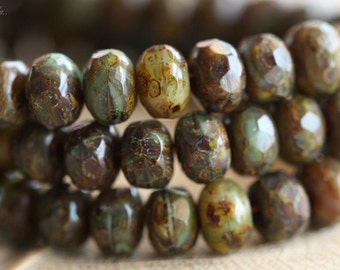 MARSH BITS .. 30 Premium Picasso Czech Rondelle Beads 3x5mm (B14-st)