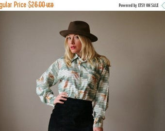 25% OFF SALE 1970s Cabin in the Woods Blouse >>> Size Large to Extra Large