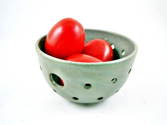 Ceramic Berry Basket, Pottery Berry Bowl, Gray Berry Bowl, Modern Kitchen ware, Housewarming Gift - In stock