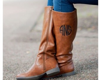Brookly monogram brown boots