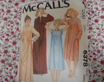McCalls 6378 Misses Nightgown and Robe Pattern Sizes Medium (14-16) Uncut