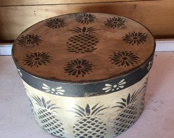 Paper Mache Primiitve Pineapple Hat Box