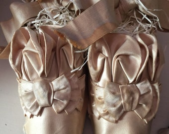 Beautiful Antique Fancy Victorian French Silk Wedding shoes with bows
