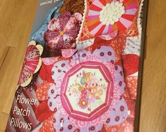 Anna Maria Horner Sewing Pattern - Flower Patch Pillows