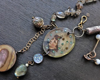 "Feminine rustic necklace with resin pendant and abalone in sterling silver - ""Everyone has Lost Something"""