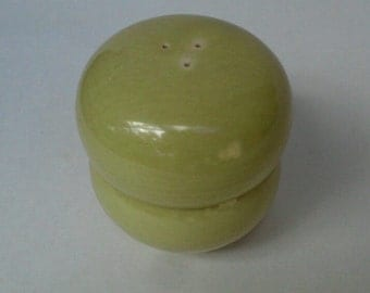 Vintage Russel Wright Iroquois Stacking Salt and Pepper Shakers Mid Century Modern Chartreuse