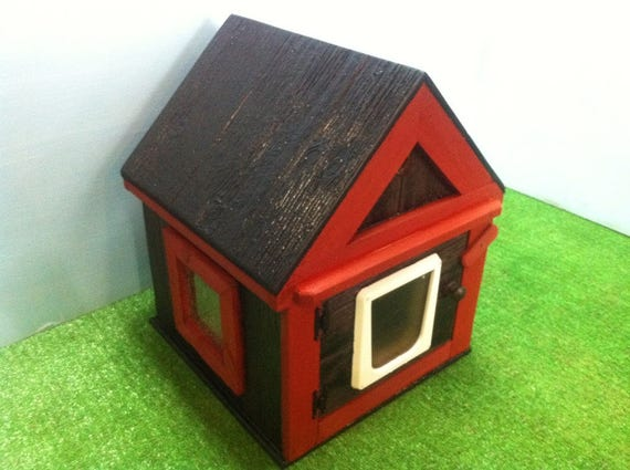 Heated Outdoor Cat House ,shelter,bed,condo,sanctuary