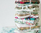 Christmas Vintage Fabric Bundles of Joy - Mini Collection of 4 fabrics for Christmas Winter Holiday Craft Projects Stocking Filler
