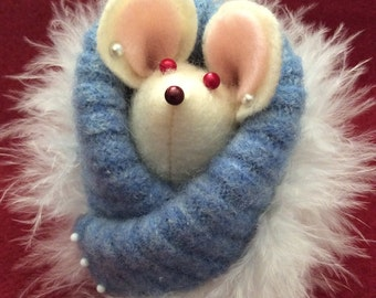 Small Felt Mouse in her fancy blue coat
