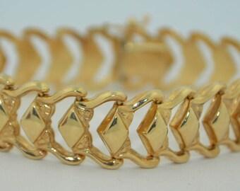 14K Italian Retro Hollow Link Bracelet Super Fine Condition