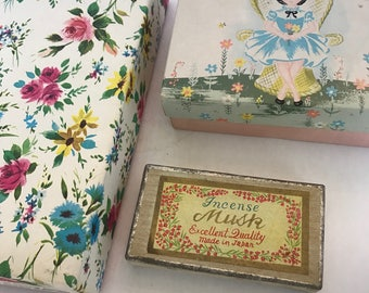 3 Vintage Stationary Boxes