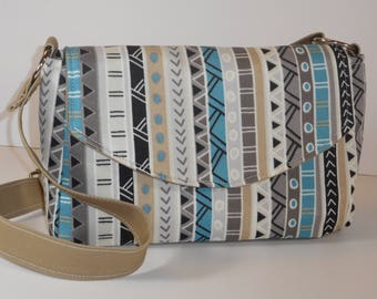 Purse Shoulder Bag Envelope-Style Flap Medium-Sized Bag Tribal Print Pockets