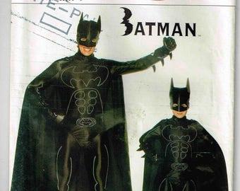 Batman Cape Boys Sewing Pattern Halloween Costume Children Butterick 4172 Child size 4 5 6 7 8 10 12 14 Uncut French and English Instruction