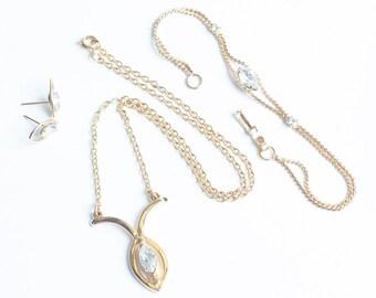 JoAnne Jewels Necklace Bracelet Earrings Set Rhinestones Gold Tone Presentation Box