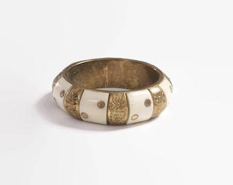 Vintage 70s Wide Boho Bangle / 1970s Brass & Ivory Ethnic Bracelet