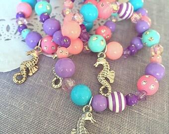 Seahorse, under the sea, birthday party theme, party favor, children, jewelry, Kids, charm, bracelet. Set of TEN.