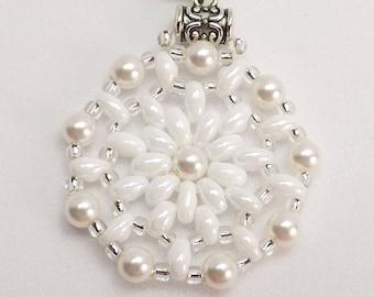 White Round Beaded Pendant Sku: Nk1011