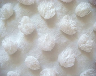 Fluffy Bates White Pops Vintage Cotton Chenille Bedspread Fabric 18 X 24 Inches