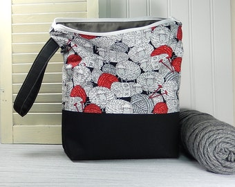 Sheep Knitting bag, can be personalized, yarn bag, crochet project bag, knitters gift, knitting pouch, knitting bag, tote with wrist strap