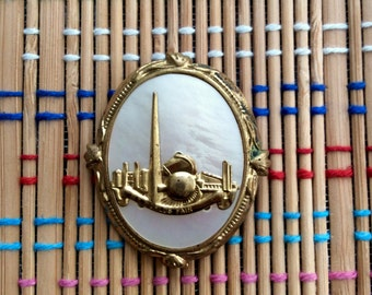 Pretty 1939 NY World's Fair Brooch:  Gold Tone Relief, MOP and the Trylon and Perisphere!