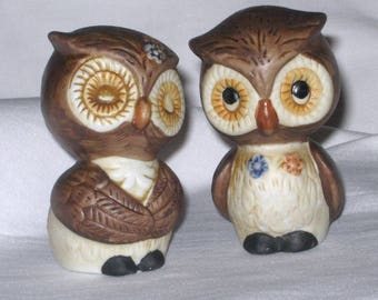 Vintage - Pair of OWL Sweet Boy and Girl - Porcelain Bisque - Salt & Pepper Shakers - Made in Korea