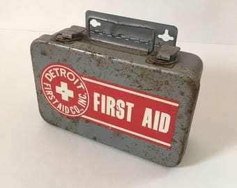 Vintage Detroit First Aid Kit, Wall Mounted, 1950's