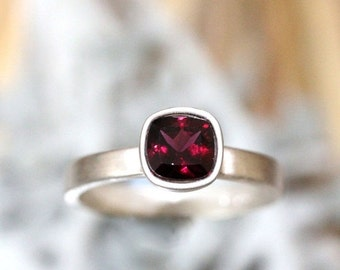 Holidays Sale - Rhodolite Garnet Sterling Silver Ring, Gemstone RIng, Cushion Shape Ring, Eco Friendly, Engagement Ring, Stacking Ring - Mad