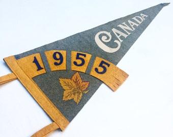 Vintage Canada Souvenir Felt Pennant (1955)