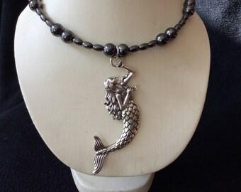 Mermaid hand beaded magnetic hematite memory wire choker necklace